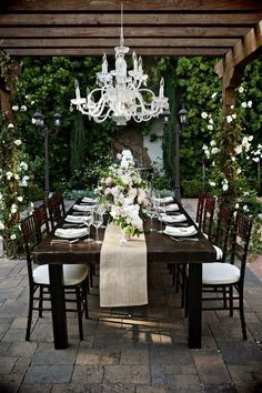 outdoor dining @ alyssa's uncle's estate Beautiful al fresco entertaining setting. Elegant Backyard Wedding, Long Table Wedding, Party Wedding, Wedding Reception, Wedding Ideas, Wedding Blog, Reception Ideas, Garden Wedding, Wedding Simple