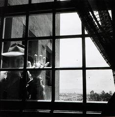 Autorretrato 1949 | Geraldo de Barros gelatina e prata, fotoforma, Edition Museé de l´Elysé Lausanne, Suiça 28.50 x 28.00 cm