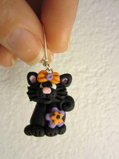Halloween inspired cat earrings by amacsjewelrydesign on Etsy