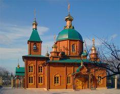 Wooden church in Kharkiv Ukraine (via s_lush)