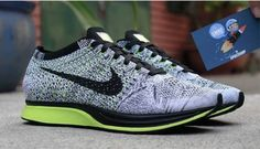 Nike Flyknit Racer Grey/Volt