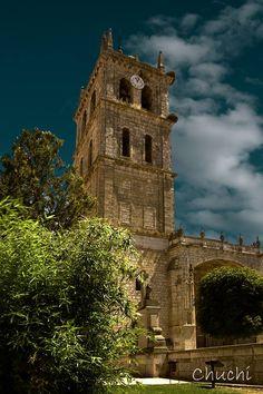 Iglesia Parroquial de Santa María de la Asunción - DUEÑAS (Palencia) España.