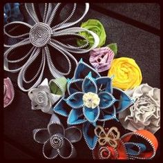 flowers made from zippers