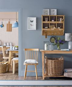 Hallway colour schemes – Hallway colour ideas – Hallway colours Looking for hallway colour schemes? From the best grey paint to blue and green hallway decorating ideas, here's our pick of the best hallway colour ideas Hallway Colour Schemes, Hallway Colours, Interior Colour Schemes, Color Schemes, Diy Design, Interior Design, Design Trends, Interior Ideas, Best Gray Paint