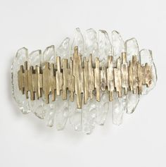 See more luxury wall lamp to inspire you for your interior design project! Look for more luxury home decor inspirations at luxxu.net
