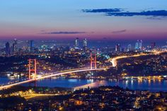 We offer customized Daily Istanbul Tours & Honeymoon Packages. Explore exciting Istanbul with Affordable Full Honeymoon Tour Packages. Bosphorus Bridge, World Happiness, Honeymoon Tour Packages, Capadocia, Istanbul City, Summer Paradise, Turkey Travel, Skyline, Hotels