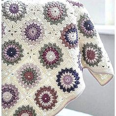 Beautiful Granny Blanket https://www.instagram.com/mucizeleradasi/