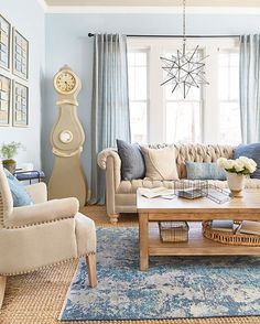Mix chambray with classic linens to add texture to a laid back living room (: Tara Donne) #homesweethome #homedecor