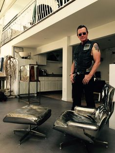 This is an Eames Office authorized stainless steel casting of the lounge chair by artist Cheryl Ekstrom, 1 of an edition of 5. And that actor's name is Robert Patrick.  #cheryekstrom