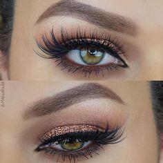✨To be featured, tag your looks #⃣makeupaddictioncosmetics ✨Enquiries at Info@makeupaddictioncosmetics.com We ship worldwide