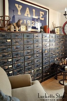 College design, distressed drawers   |   Old Lucketts Store - Design House