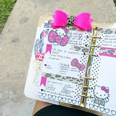 Midweek in #colorcrush so loving this #hellokitty theme this week