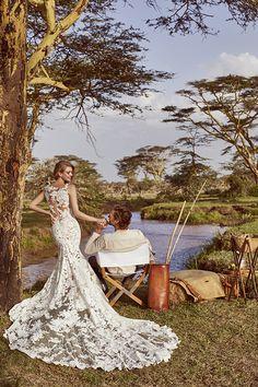 Wild love in east Africa : Pronovias 2018 – Tendencias de Bodas Magazine & Blog #vestidodenovia #weddingdress #tendenciasdebodas