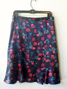 Marc Jacobs navy floral silk skirt 4 #designer #floral #marc-jacobs #silk #size-4 #skirt