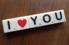 Letterkaarsjes, I * YOU. Aan wie ga jij deze bijzonder boodschap geven? Leuk om cadeau te geven bij heel veel verschillende gelegenheden. De kaarsjes zitten verpakt in een doorzichtig folie. Verras je Valentijn met dit bijzondere cadeau. I Love You Lettering, Loving You Letters, Apple Tv, You And I, Usb Flash Drive, Remote, My Love, You And Me, Pilot