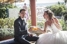 Un servizio da fotografo di matrimonio coinvolgente; un matrimonio in cui per tutta la giornata si è riso.... si è pianto.... si è riso.... e si è pianto.... Due sposi fantastici, sempre allegri e colorati, e con un passato importante alle spalle. E il servizio fotografico di matrimonio si è dimostrato all'altezza di una coppia di questo tipo.   #AGRITURISMO #bride #DRONE #empoli #fotografia #FOTOGRAFO #fotografomatrimonioempoli #fotografodimatrimonio #fotografomatrimo