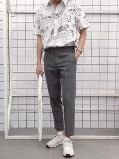 Trendy outfits for men - vintage outfits Mode Outfits, Trendy Outfits, Fashion Outfits, Fashion Clothes, Fashion Ideas, Korean Outfits, Guy Clothes, Fashion Hacks, Latex Fashion