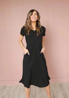Raven Dress (Black)