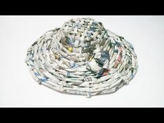 DIY Hat from Newspaper - Cara Membuat Topi dari Koran Bekas In this video, I'm gonna be showing you how to recycle your newspaper. Today I'll be making a hat. Diy Plastic Bottle, Plastic Bags, Newspaper Hat, Recycled Fashion, Recycled Clothing, Medieval Hats, Soda Can Art, Hat Day, Dress Card