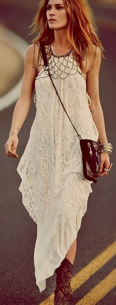 Bohemian outfits are a trend every summer. The colors match perfectly. [ NYWholesale.com ] #fashion