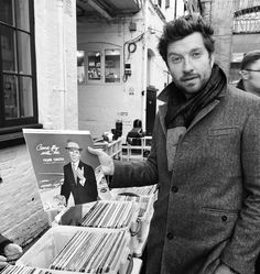 London, before heading back Country Music Stars, Country Singers, Brett Eldredge, Old Dominion, Dapper Gentleman, City Girl, Man Crush, Lifestyle Photography, Celebrity Crush