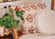 Vintage-Inspired Poster – Freckled Hen Cotton Blankets, Cotton Pillow, Cream Pillows, Throw Pillows, House Plants Hanging, Cozy Reading Corners, Water Gardens, Clever Diy, Bedroom Inspiration