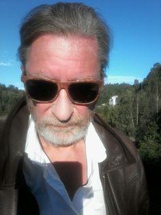 Pilot, Aviation, Mens Sunglasses, Fashion, Moda, Fashion Styles, Pilots, Men's Sunglasses, Fashion Illustrations