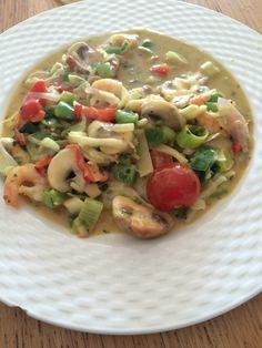Garnalen in groene curry en groenten