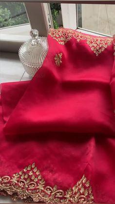 Bollywood Saree, Bollywood Fashion, Kanjivaram Sarees Silk, Indian Embroidery, Pink Saree, Half Saree, Saree Wedding, Indian Wear, Indian Fashion
