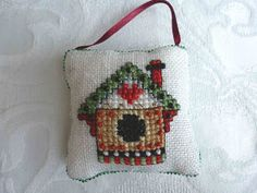 I'd rather be stitchin': Advent Calendar – Cross Stitching finished.