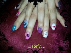 nail art alice in wonderland l