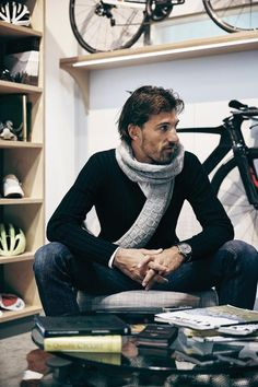 Fabian Cancellara. De connectie tussen het Vlaamse wielrennen en de Angelsaksen. Mooie, sterke man.