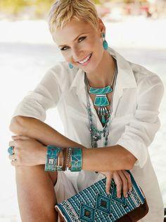 Evolving Fashion - Hair, Nails, Makeup and Clothing!: January 2014