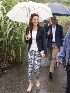 Fashion Beauty Express: 雨だってお任せ、キャサリン妃が選んだボトム