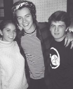 Harry and fans, he looks so cute!