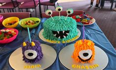 Monster Cake and Smash Cake's Monster First Birthday, Monster 1st Birthdays, Twin First Birthday, Monster Birthday Parties, Birthday Bash, Baby Birthday, First Birthday Parties, First Birthdays, Birthday Ideas