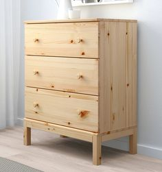 TARVA chest, pine, 29 A simple design in untreated solid wood. It's beautiful as it is or you can stain, paint or wax it the way you like to create a personally designed chest of drawers. Diy Dresser Plans, Diy Dresser Makeover, Bedroom Chest Of Drawers, 5 Drawer Chest, Cama Design, Bedroom Furniture, Home Furniture, Diy Custom Closet, Diy Home Decor