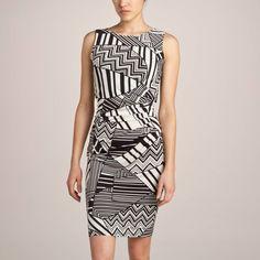 Graphique et chic, cette robe fera forcément bonne impression !