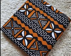 African Fabric Store, Ankara Fabric, Chitenge Outfits, African Quilts, Fabric Patterns, Printing On Fabric, Africa Dress, Ghana, African Fashion