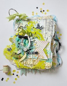 Janna Werner: Heidi Swapp Memory Files by Stacey Young - Scrapbooking, Mini Albums