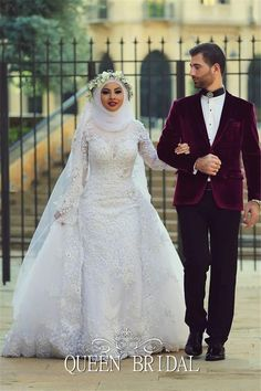 nice Romantic high neck white lace long sleeve muslim wedding dress with hijab 2015 beaded appliques wedding gown bridal dresses BS84