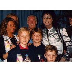 Jackson Family Rarities✌ @jackson.rare Bad tour, backsta...Instagram photo | Websta (Webstagram)