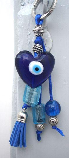 Good Luck Heart Greek lucky blue eye keychain by CarolinaHydra Hamsa, Greek Evil Eye, Lucky Blue, Turkish Jewelry, Evil Eye Jewelry, Evil Eye Charm, Bijoux Diy, Good Luck, Lucky Charm