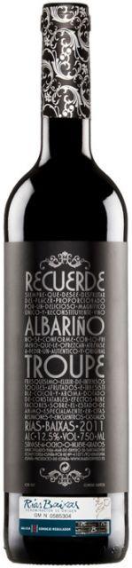 Troupe Albariño 2012 http://www.vinetur.com/vinos/127814052/troupe-albarino-2012.html