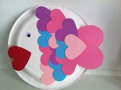 Toddler Valentine Craft paper plate fish craft
