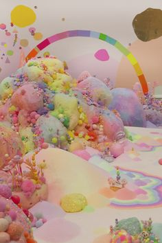 1,000 Pounds of Powdered Sugar Created a Colorful Candy Kingdom | The Creators Project