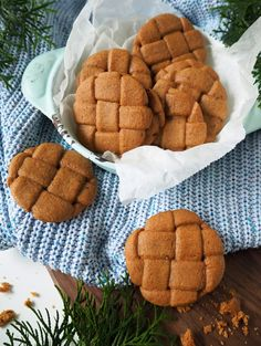 Gingerbread Cookies, Sugar, Seasons, Desserts, Christmas, Food, Gingerbread Cupcakes, Tailgate Desserts, Xmas