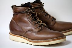 Viberg boots-another nice brown! Suede Shoes, Men's Shoes, Dress Shoes, White Boots, Brown Boots, Nice Clothes For Men, Viberg Boots, Fashion Boots, Mens Fashion