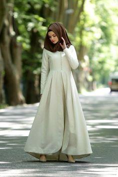 Plain simple but cute! Modest Dresses, Modest Outfits, Simple Dresses, Muslim Dress, Hijab Dress, Dress Up, Abaya Fashion, Modest Fashion, Fashion Outfits