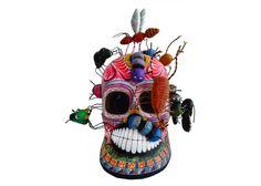 CRÁNEO ESPECIAL CON INSECTOS.  Hermosa pieza hecha en barro policromado a mano en Izúcar de Matamoros, #Puebla, decorada al estilo tradicional con líneas y grecas a pincel. Una muestra de la destreza y talento mexicano. #Díademuertos #Barro #Cerámica #Artepopular #FridaKahlo #Frida #ARte #HechoaMano #HechoenMéxico #Handmade #Handcraft #MAdeinMéxico #FolkArt #Clay #Pottery #Art #Skull #DF #CDMX #México #Artesanía #Cráneo